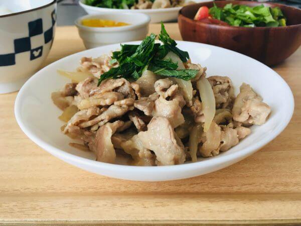 梅肉と豚肉の炒め物